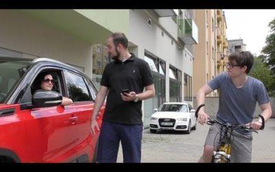 Je po Praze rychlejší auto, kolo nebo MHD?